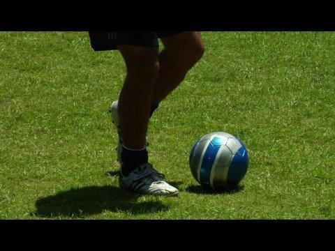 Futbol İpuçları: Nasıl Futbol Atışını Düzeltmek İçin