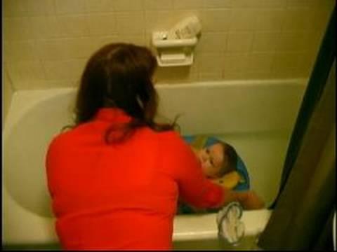 Bebeğe Banyo nasıl:'s Yüz\Bebeği Yıkamak İçin Nasıl