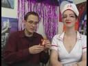 Cadılar Bayramı İçin Seksi Hemşire Kostüm Yapmak: Şeker Seksi Hemşire Kostümleri İçin Reçete