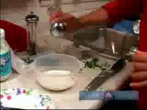 Kolay Geleneksel Yunan Yemekleri Yapmak İçin Nasıl : Yunan Çanak Spanakopita Sezon İçin Nasıl