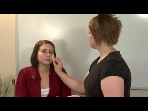 Makyaj Uygulamak İçin Nasıl : Fondöten Nasıl Uygulanır