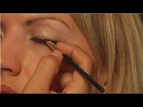Eyeliner Olarak Mineral Göz Farı Nasıl Uygulanır Uygulama Makyaj :