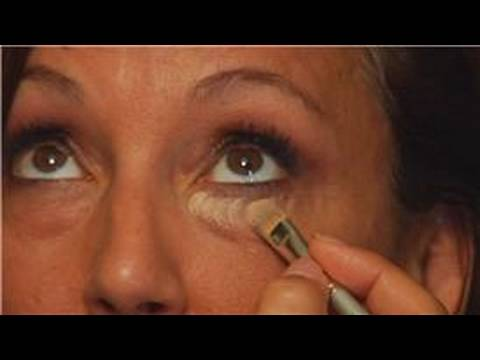 Göz Altı Halkaları Kurtulmak İçin Nasıl Makyaj Uygulaması :