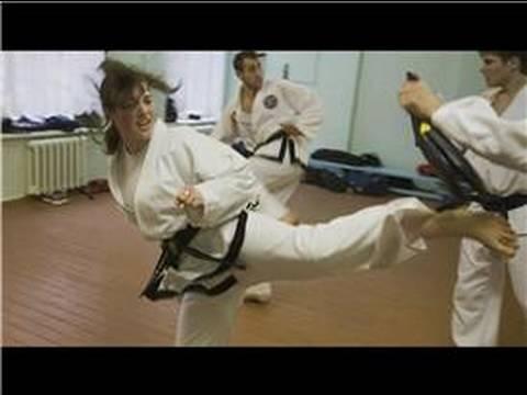 Yt - Dövüş Sanatları Ve Kendini Savunma : Shaolin Vs. Tae Kwon Do