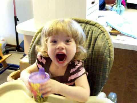 Çok 45 Saniye İçinde Karşı 2 Yaşındaki Spastik Öğrenebilirsiniz