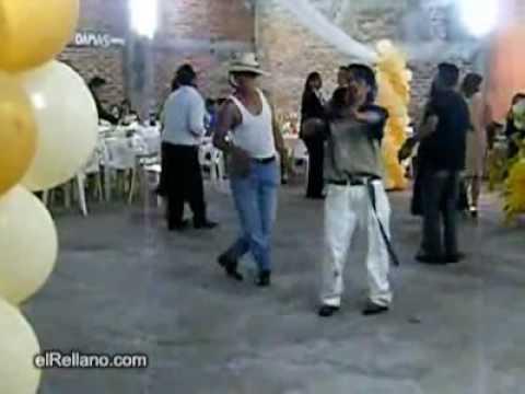 Komik Meksika Dans