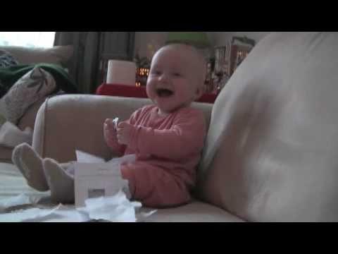 Deli Gibi Kağıt (Orijinal) Ripping Gülen Bebek