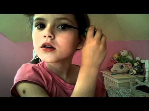 Maskara İle Emma Makyaj Eğitimi Çocuklar İçin Uygulama