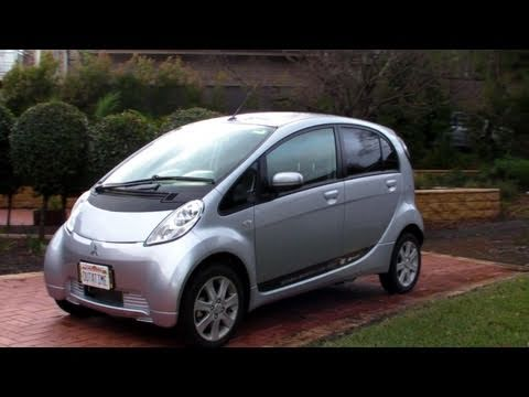 Mitsubishi İmiev Elektrikli Araba Test Drive - Eevblog #179