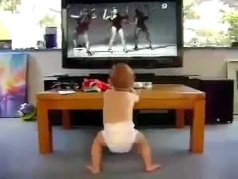 Dans Eden Bebek Çok Komik
