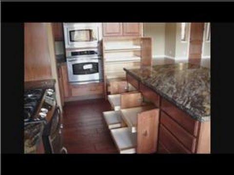 Mutfak Remodeling Yanıtlar: Mutfak Dolabı Remodeling: Roll-Out Raf Raf İyileştirmelerle