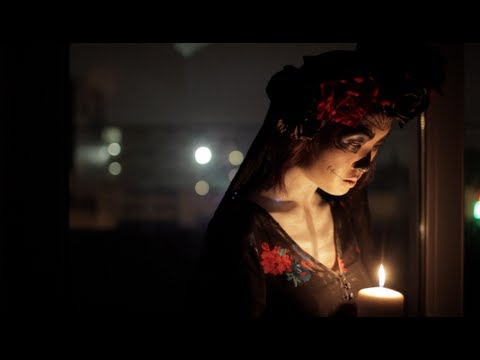 Gün Ölü - Çiçek Başlığın Öğreticinin