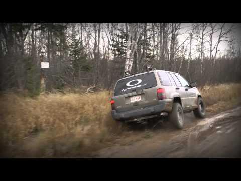 Ranger Ve Jeep Biraz Çamur