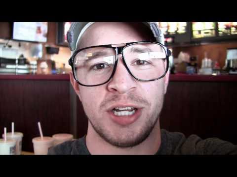Buckys Vlog - 1 - Garip Tavuk Mcnugget Şekiller