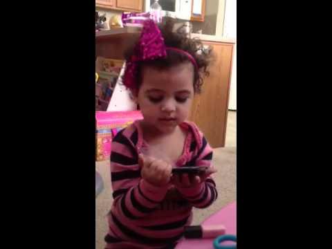 Kittiesmama Yapıyor 3 Yr Eski Çocuk Makyaj Emma Cute