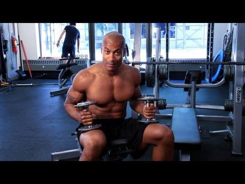 Nasıl Bir Göğüs Egzersiz Yapmak | Jimnastik Salonu İş