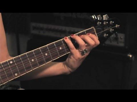Parmakları Gitar İçin Geliştirmeye Yardım: Guitar İpuçları Ve Bakım