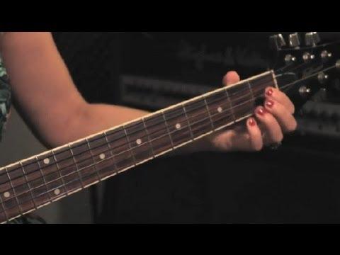 Nasıl Gitar İçin Parmak Uzun Nasırlaşmış: Guitar İpuçları Ve Bakım