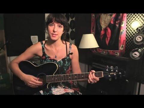 Daha Fazla Hacim Gitar Üzerinde Daha Yüksek Dizeleri Almak Nasıl: Guitar İpuçları Ve Bakım