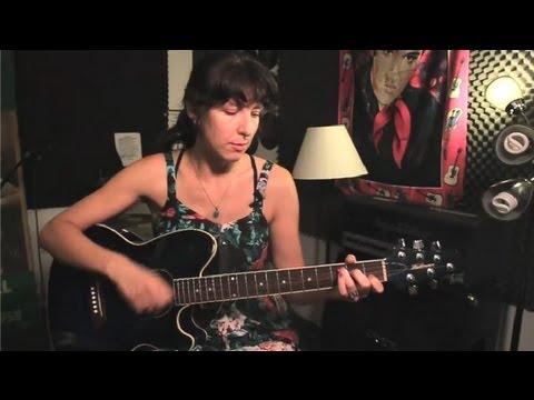 Nasıl Gitar Pratik Bir Arka Parça Kullanarak Kurulur: Guitar İpuçları Ve Bakım