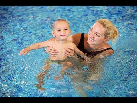Yüzmek İçin Bir Çocuk Öğretmek Nasıl
