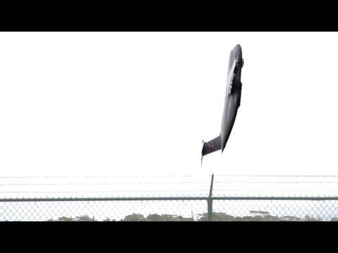 Büyük Usaf C-5 Askeri Uçak İnanılmaz Dikey Kalkış Taşıma