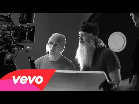 Eminem - Berzerk Açıkladı: 1 Sahne Arkasında