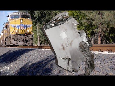 İphone 5'ler Vs Tren - Hayatta Kalacak?