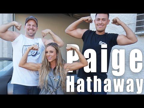 Paige Hathaway'in Mercedes Bir İpad Yüklü Çizgi, Bölüm 1 Alır.