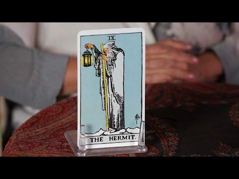 Nasıl Tarot Kartları | Hermit Kartı Okumak İçin